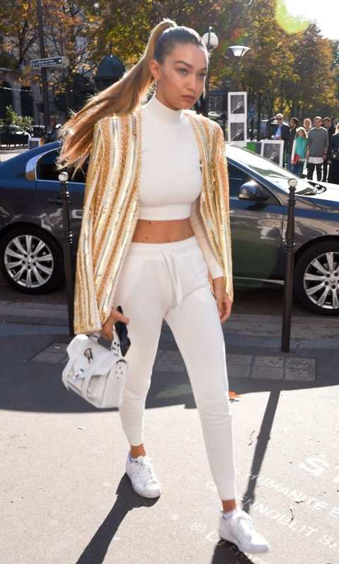 ClioMakeUp-sneakers-bianche-outfit-abbinamenti-star-9