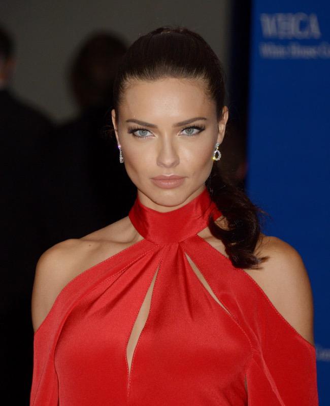 ClioMakeUp-whcd-red-carpet-make-up-trucchi-red-carpet-star-adriana-lima