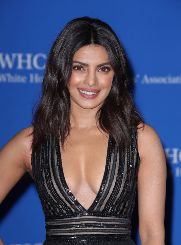 ClioMakeUp-whcd-red-carpet-make-up-trucchi-red-carpet-star-priyanka-chopra