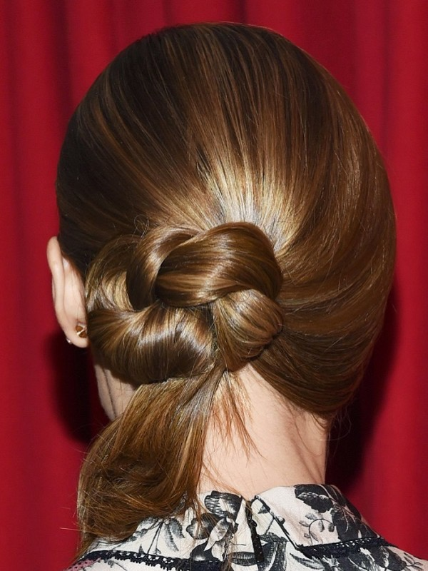 cliomakeup-acconciature-primavera-semplici-capelli-medi-lunghi-chignon-4