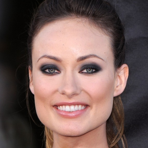 cliomakeup-capelli-orribili-acconciature-disastro-rovinano-trucco-makeup-smokey-eyes-olivia-wilde