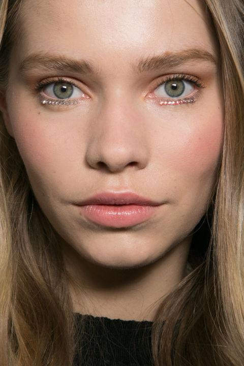 cliomakeup-ciglia-glitter-prodotti-mascara-look-sfilata-7
