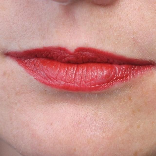 cliomakeup-recensione-nyx-matte-lipstick-12