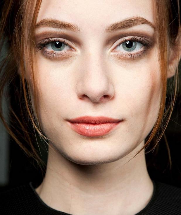 ClioMakeUp-makeup-autunno-2016-8-cut-crease-marrone