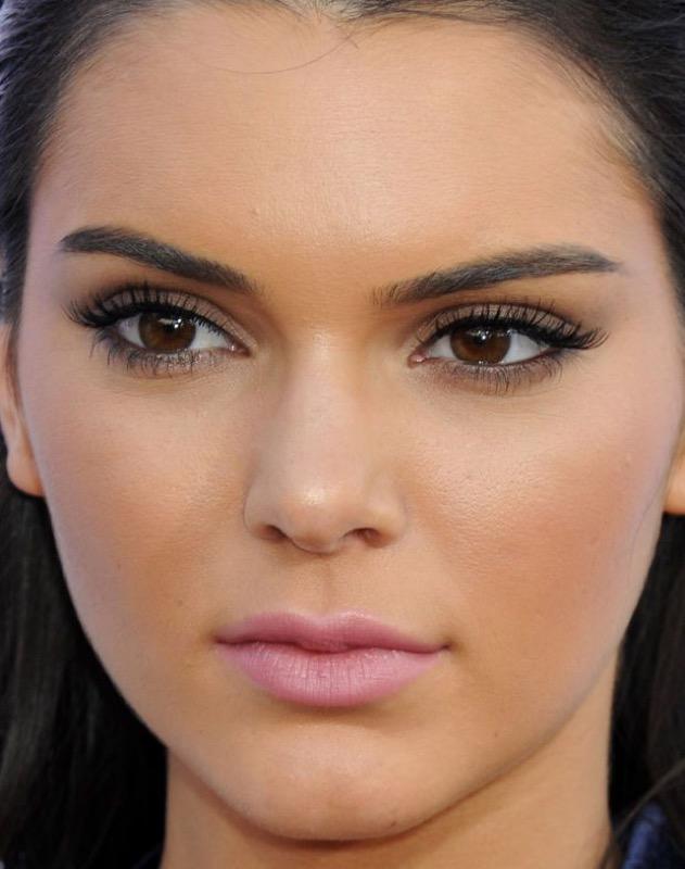 ClioMakeUp-trucco-castana-occhi-castani-look-star-make-up-56