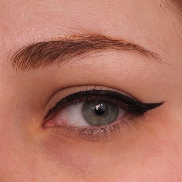 cliomakeup-recensione-deborah-eyeliner-puro-7