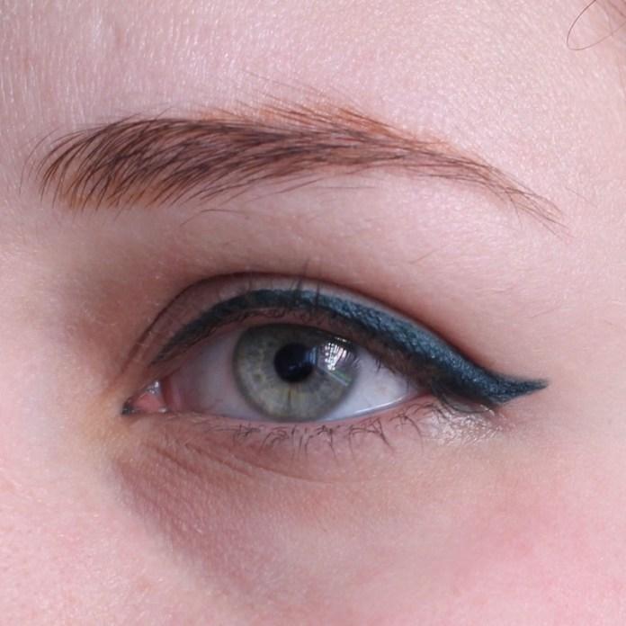 cliomakeup-recensione-deborah-eyeliner-puro-9