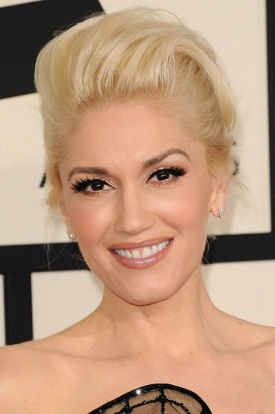 ClioMakeUp-denti-celebrity-dopo-trattamenti-sbiancanti-Gwen-Stefani