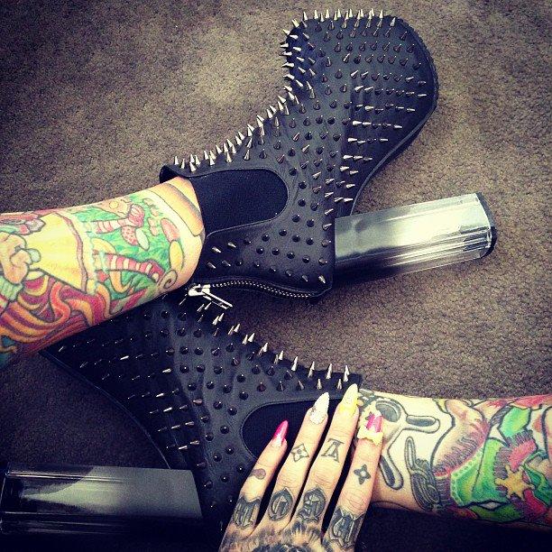 ClioMakeUp-kat-von-d-jeffree-star-scarpe