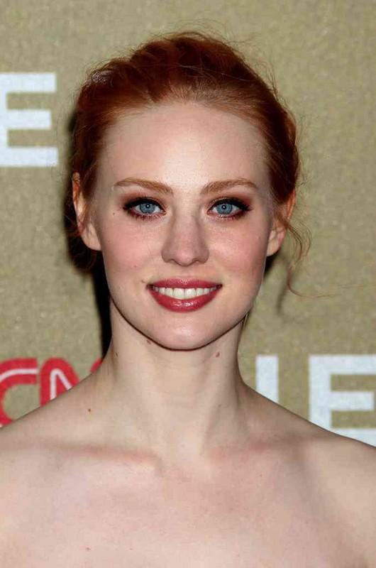 ClioMakeUp-trucco-capelli-rossi-occhi-blu-come-valorrizzarli-colori-deborah-ann-woll-oro-MLBB