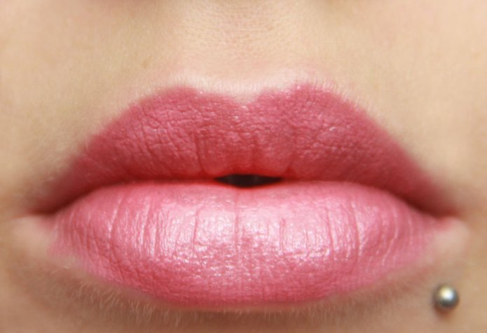 cliomakeup-recensione-kiss-my-lips-debby-12