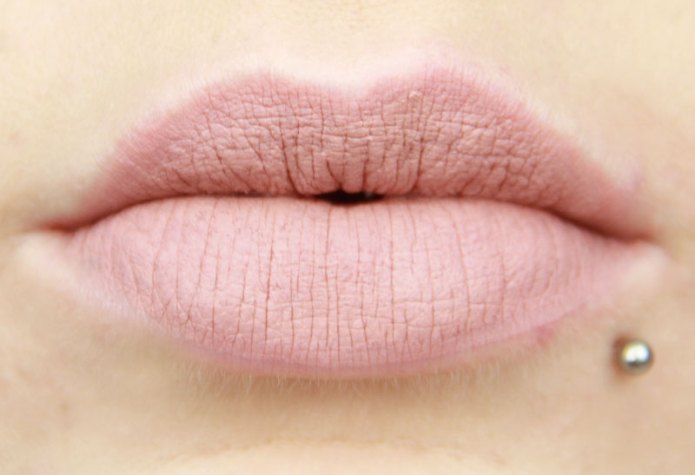 cliomakeup-recensione-lingerie-lipsticks-NYX-12
