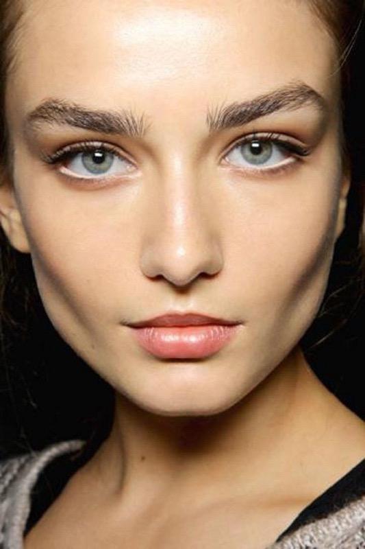 ClioMakeUp-bianco-degli-occhi-lucidi-luminosi-luce-lenti-a-contatto-star-vip-5