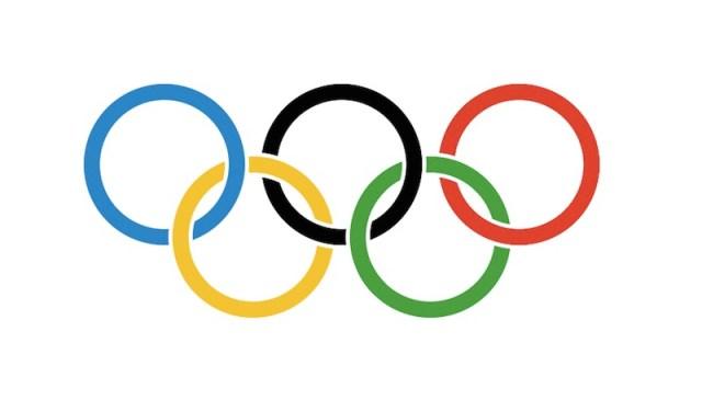 ClioMakeUp-cicciottelle-tiro-con-arco-titolo-giornale-sessista-rio-polemica-cerchi-olimpici
