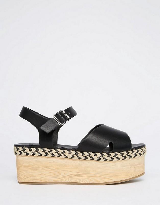 ClioMakeUp-sandali-estate-platform-moda-sandali-neri-legno-ASOS