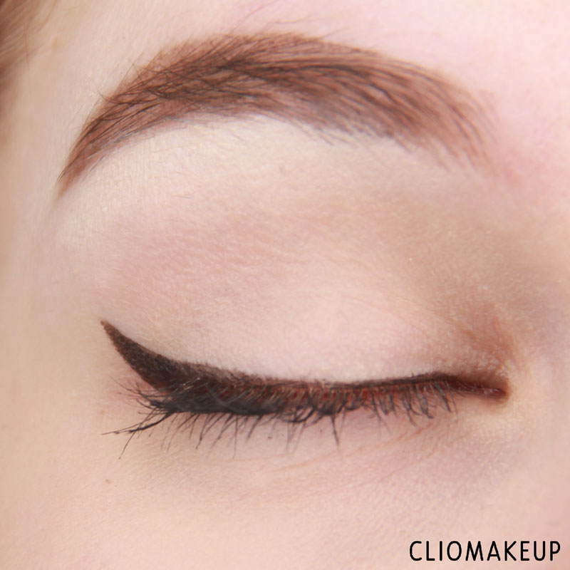 cliomakeup-master-precise-curvy-eyeliner-mybelline-10
