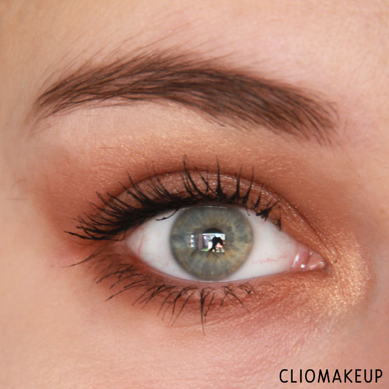 cliomakeup-recensione-the-glow-must-go-on-palette-essence-10
