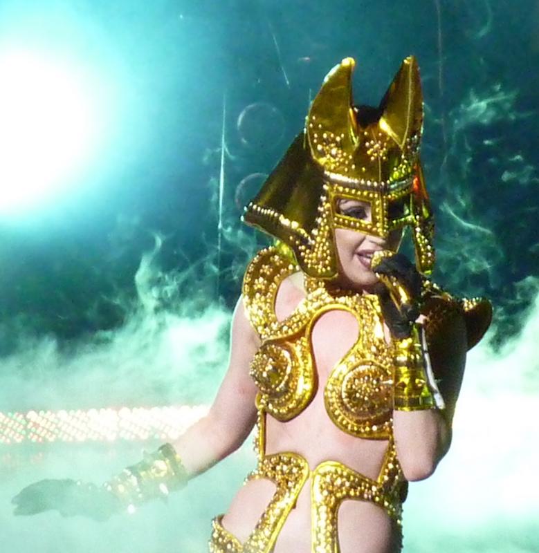 cliomakeup-star-povere-lady-gaga-6-costume-egitto