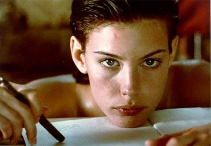 cliomakeup-it-girl-anni-90-4-liv-tyler