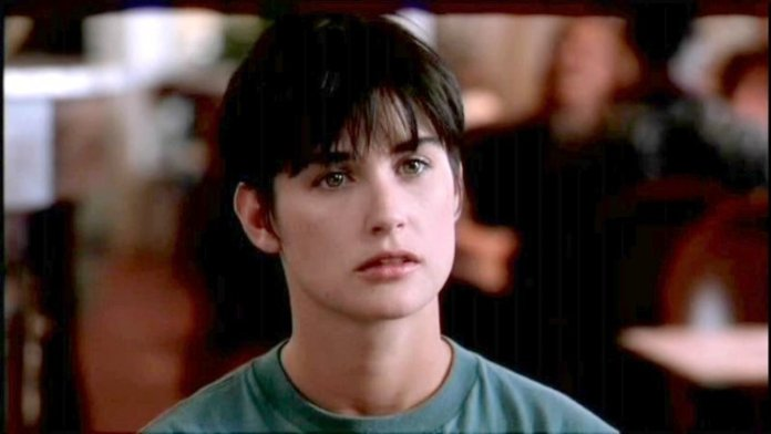 cliomakeup-it-girl-anni-90-8-demi-moore
