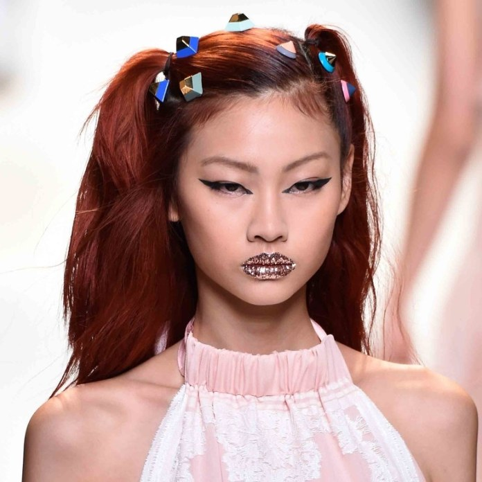 ClioMakeUp-beauty-look-fashion-week-primavera-estate-2017-fendi