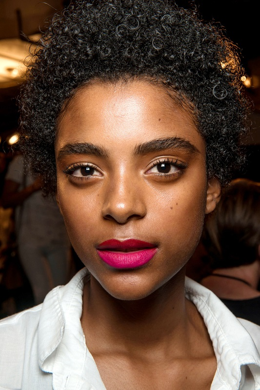 ClioMakeUp-beauty-look-fashion-week-primavera-estate-2017-rossetto-fucsia