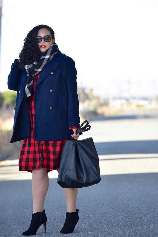 ClioMakeUp-outfit-ispirazioni-autunno-ottobre-novembre-blu-rosso-girl-with-curves