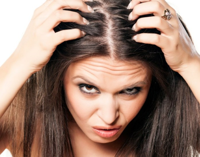 ClioMakeUp-capelli-grassi-errori-evitare-copertina
