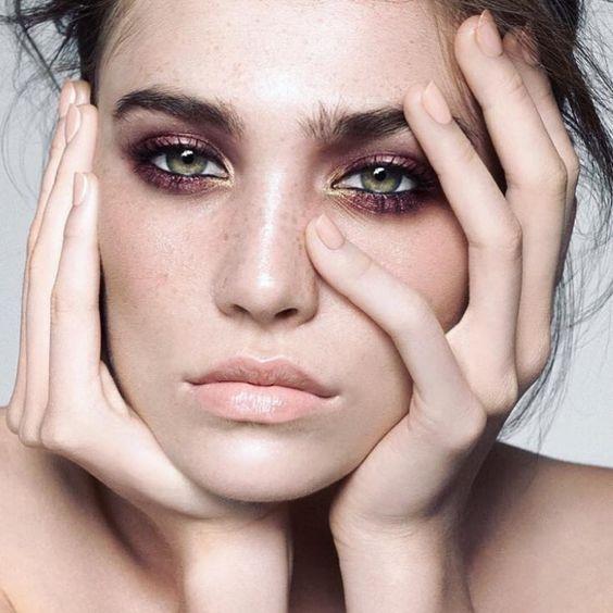 cliomakeup-abbinare-ombretto-rossetto-13-nude-viola