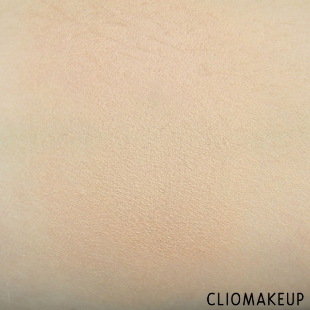 cliomakeup-recensione-get-picture-ready-compact-foundation-essence-8