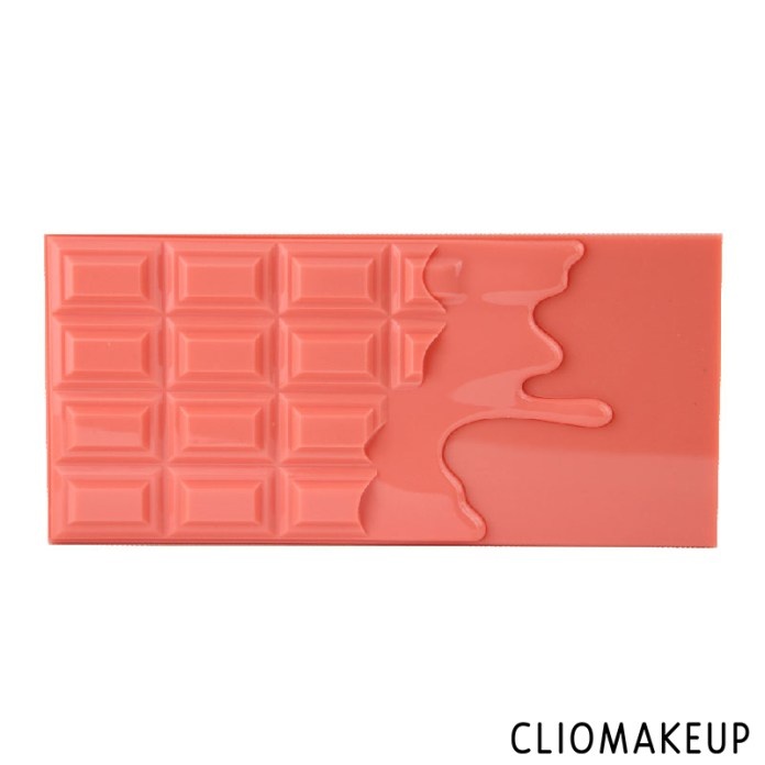 cliomakeup-recensione-palette-chocolate-and-peaches-makeuprevolution-1