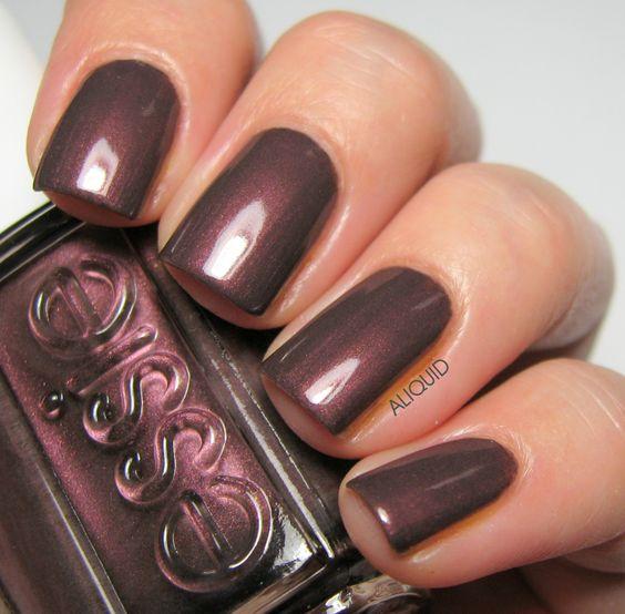 cliomakeup-unghie-capodanno-7-essie