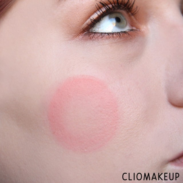 cliomakeup-recensione-cushion-powder-blush-essence-11