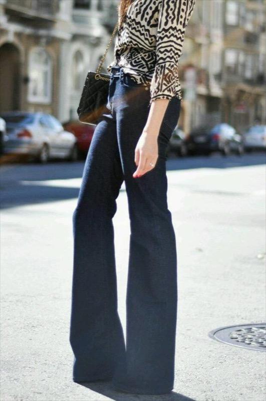 jeans aderenti dal taglio grasso