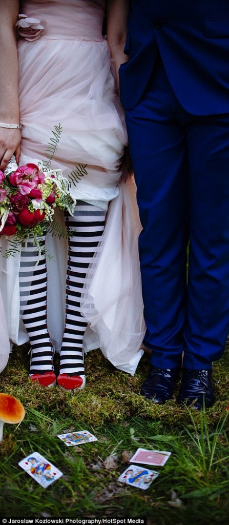 cliomakeup-matrimoni-disney-25-alice-paese-meraviglie