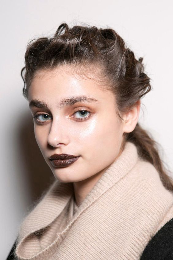 cliomakeup-rossetto-marrone-6-taylor-hill