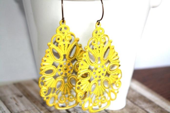 ClioMakeUp-mellow-yellow-trend-primavera-estate-2017-giallo-vestiti-abbinamenti-16