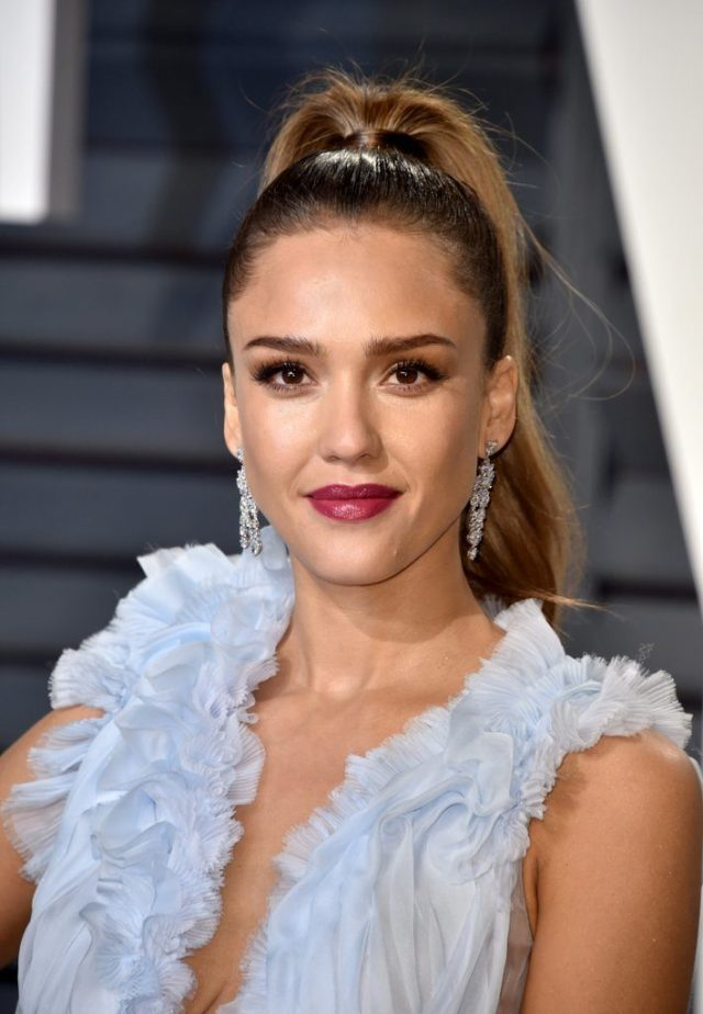 cliomakeup-trucchi-oscar-after-party-13-jessica-alba