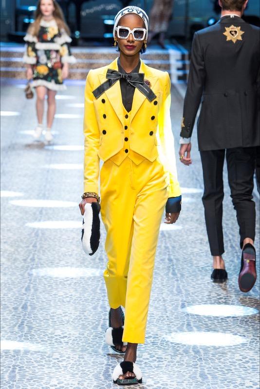 ClioMakeUp-trend-sfilate-2017-abbigliamento-look-outfit-tendenze-moda-inverno-9