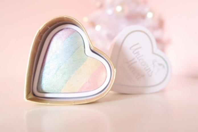 ClioMakeUp-trend-unicorn-mania-unicorni-capelli-acconciature-prodotti-tinte-makeup-illuminanti-accessori-14