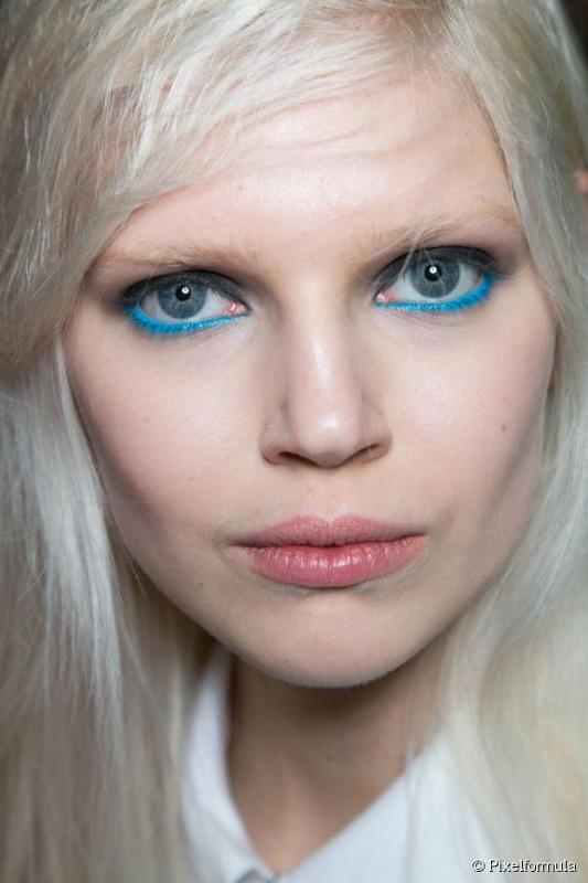 Cliomakeup-upside-down-makeup-15