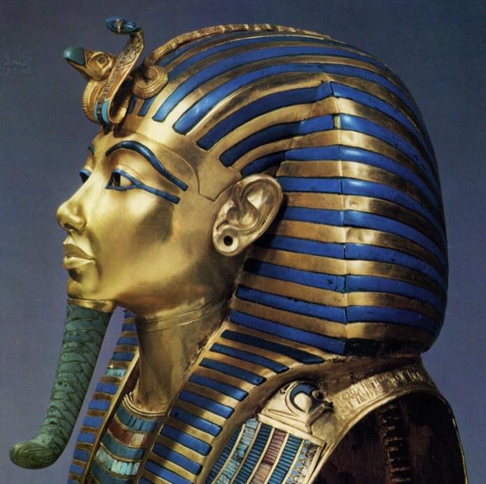 ClioMakeUp-orecchini-forma-viso-pendenti-piccoli-faraone