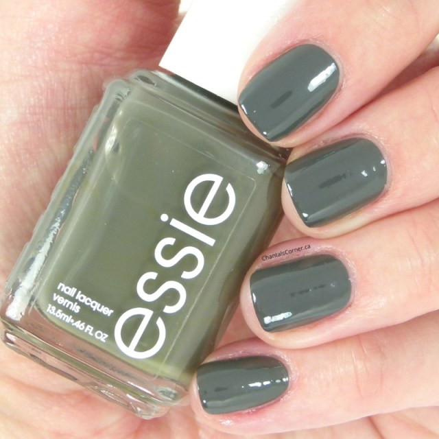ClioMakeUp-Top-Smalti-Essie-5