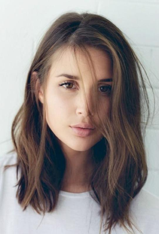 Tagli di capelli corti dritti