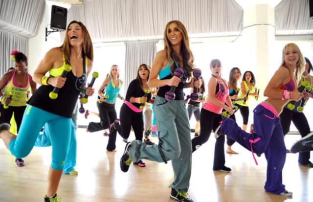 ClioMakeUp-zumba-benefici-fitness-sport-allenamento-musica-danza-16