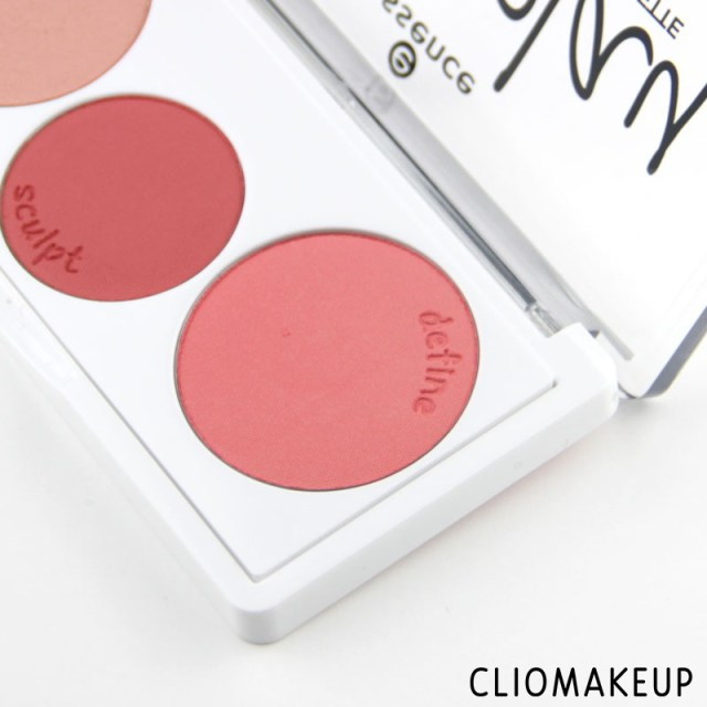 cliomakeup-recensione-blushplay-sculpting-blush-palette-essence-3