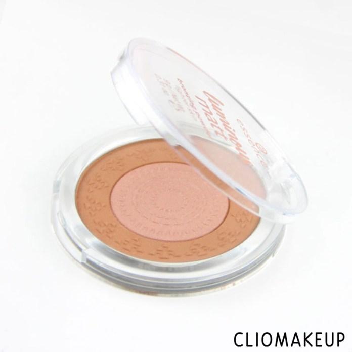 cliomakeup-recensione-luminous-matt-bronzing-powder-essence-2