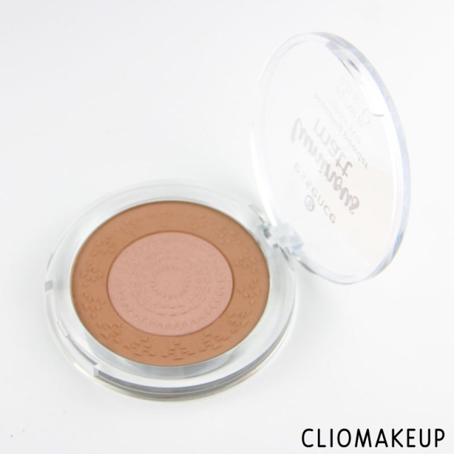 cliomakeup-recensione-luminous-matt-bronzing-powder-essence-3