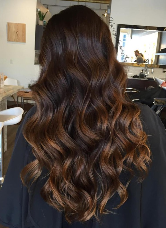 ClioMakeUp-ispirazioni-capelli-per-castane-more-bionde-riflessi-oro-caramello-gold-5