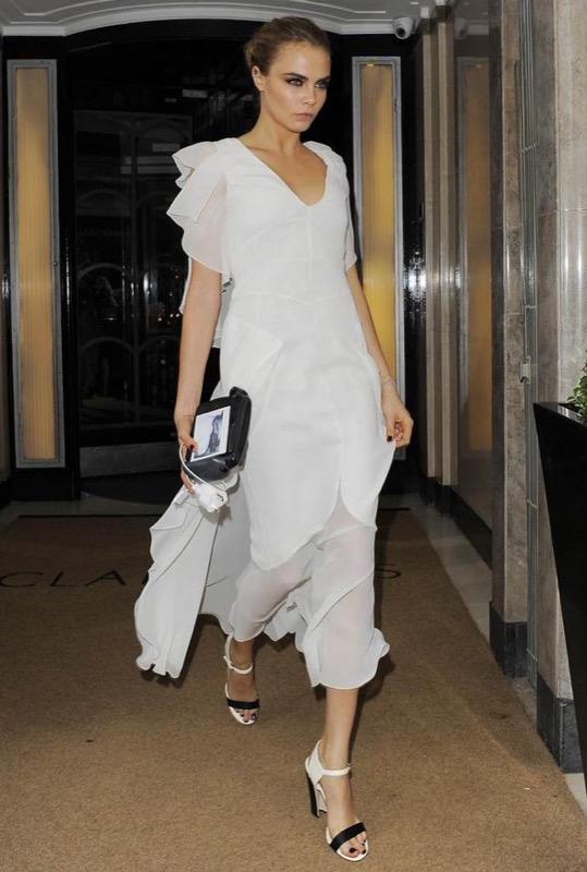 ClioMakeUp-celebrity-damigelle-vestiti-matrimonio-cara-delevingne